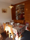 coin repas cuisine appartement ours blanc 17