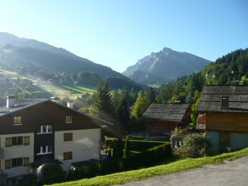 apartment rental ski holyday nearby slopes la clusaz clair de lune 2