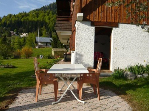 location appartement terrasse ski la clusaz chalet fenil